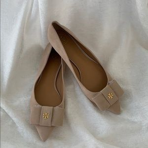 Tory Burch NWOT Karina Suede Pointed Toe Flats